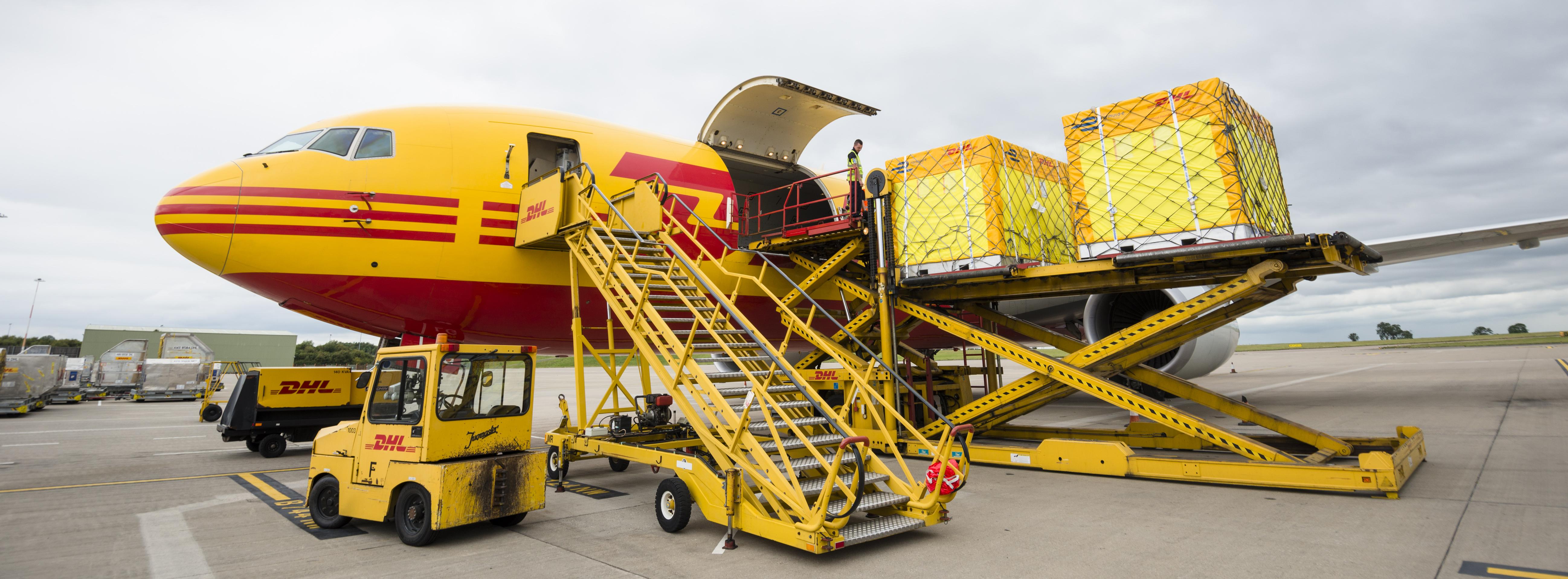 Frachtflieger der DHL