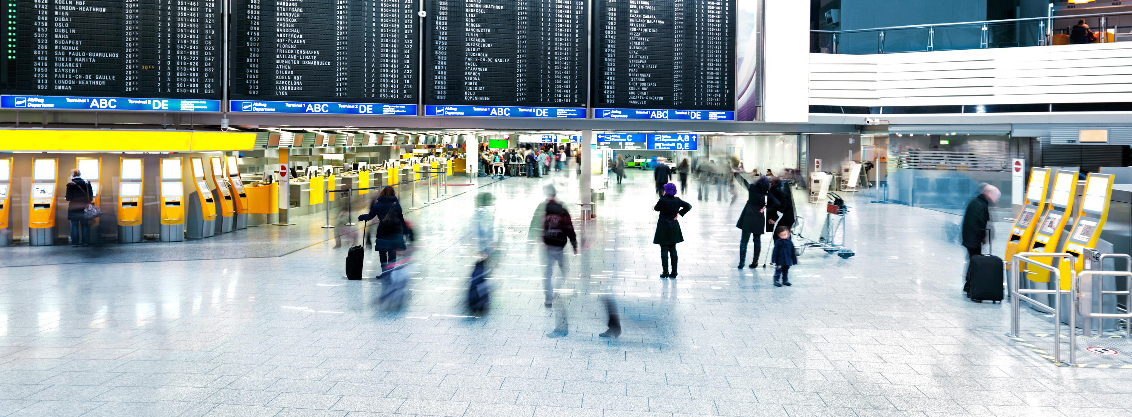 Wartehalle am Frankfurter Flughafen